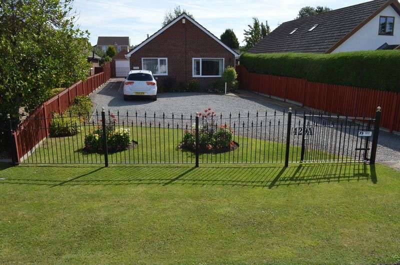 3 Bedrooms Detached Bungalow for sale in Brant Road, WADDINGTON