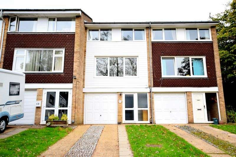 4 Bedrooms Terraced House for sale in Varney Road, Hemel Hempstead EASY REACH OF STATION