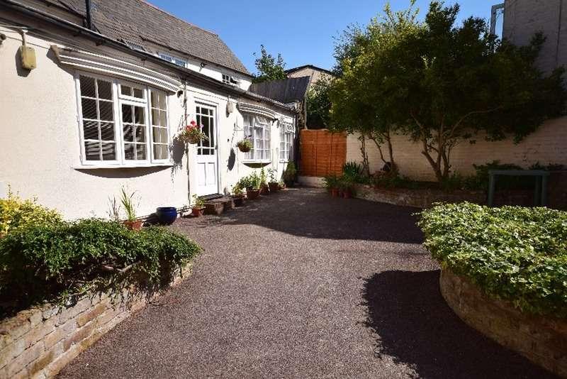 1 Bedroom Flat for sale in 64 High Street, Croydon. Surrey, Surrey, CR7