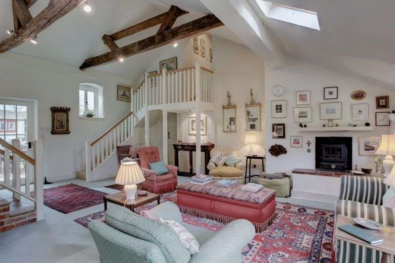 3 Bedrooms Property for sale in South Creake, Norfolk