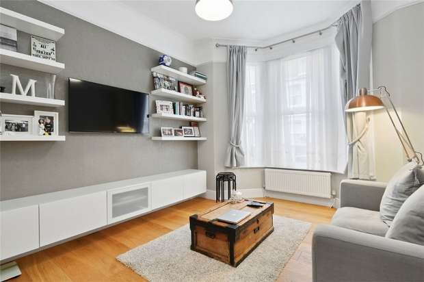 1 Bedroom Flat for sale in Annandale Road, Chiswick