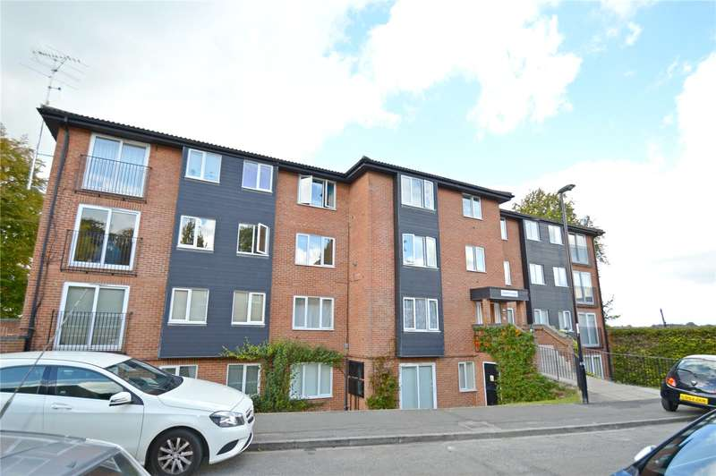 2 Bedrooms Apartment Flat for sale in Oakhill Lodge, 15 Reedham Drive, Purley