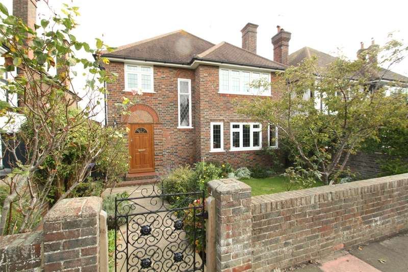4 Bedrooms Detached House for sale in George V Avenue, Worthing, West Sussex, BN11