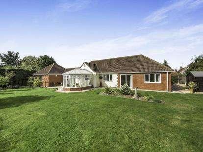 4 Bedrooms Bungalow for sale in Mileham, King's Lynn, Norfolk