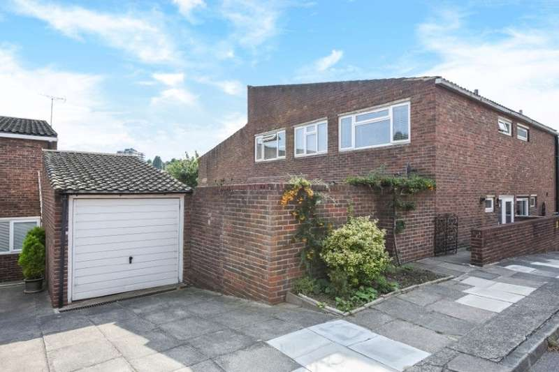 3 Bedrooms House for sale in Boddicott Close, Wimbledon, SW19