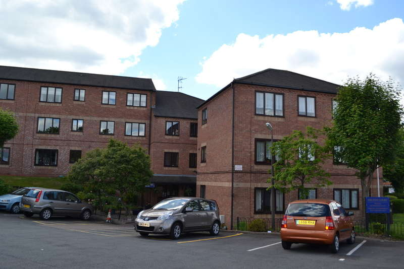 2 Bedrooms Flat for sale in Milton Court, Sandon Road, Bearwood