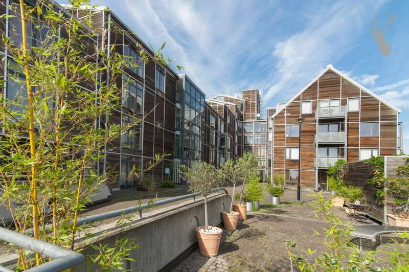 2 Bedrooms Flat for sale in Island House, Three Mill Lane, Bow, E3