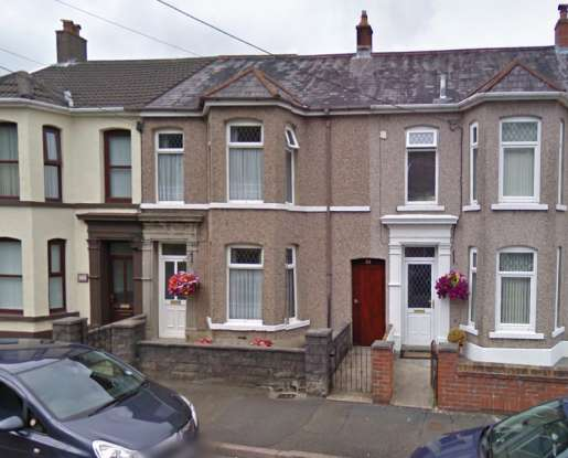 4 Bedrooms Terraced House for sale in Maesquarre Road, Ammanford, Dyfed, SA18 2LF