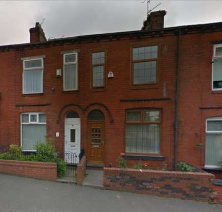 2 Bedrooms Terraced House for sale in Chamber Road, Oldham, Greater Manchester, OL8 4NZ