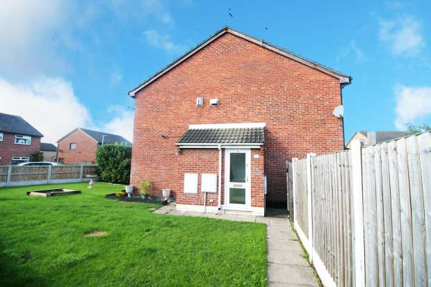1 Bedroom Semi Detached House for sale in Whernside,, Widnes, Cheshire, WA8 4YW