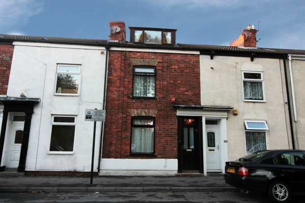 3 Bedrooms Terraced House for sale in Arthur Street, Hull, North Humberside, HU3 6BS