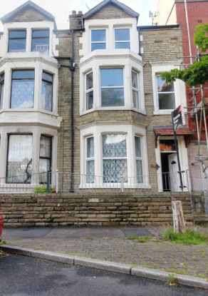 6 Bedrooms Terraced House for sale in Parliament Street, Morecambe, Lancashire, LA3 1RH