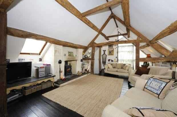 4 Bedrooms Detached House for sale in West Side, Evesham, Worcestershire, WR11 8QP