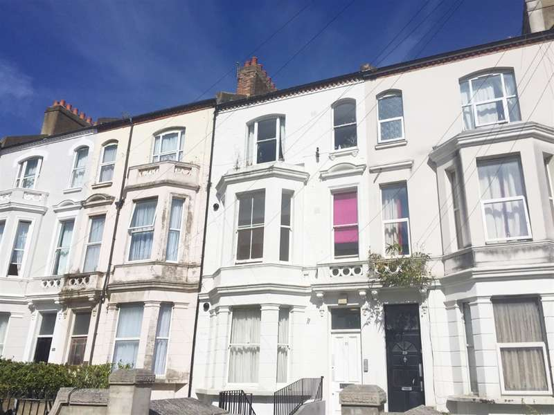 1 Bedroom Flat for sale in Southwater Road, St Leonards On Sea, East Sussex, TN37 6JR