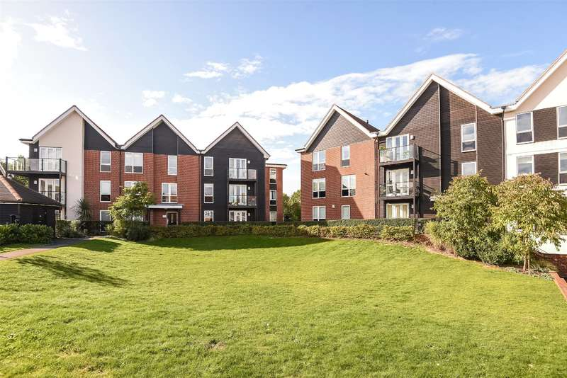 2 Bedrooms Apartment Flat for sale in Mill Drive, Ruislip, Middlesex, HA4