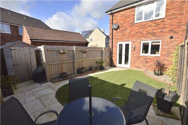 2 Bedrooms End Of Terrace House for sale in Planets Lane, Badgeworth, Cheltenham, Glos, GL51 6GR