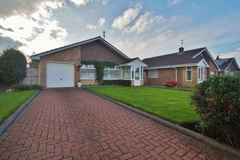 2 Bedrooms Detached Bungalow for sale in Althorpe Drive, Southport