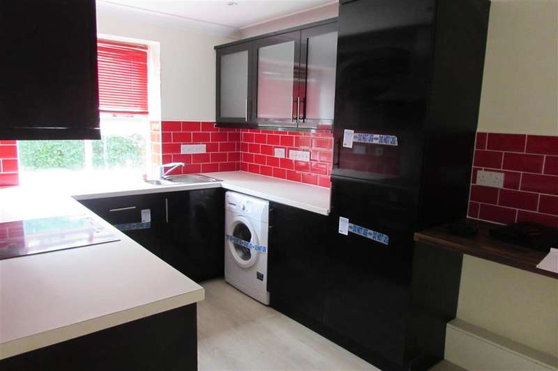 2 Bedrooms Apartment Flat for sale in River Bank Close, Maidstone, Kent