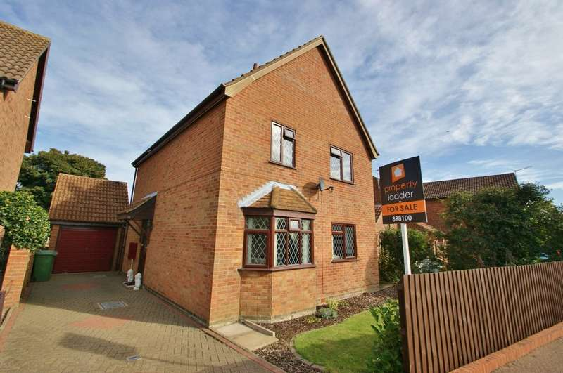 4 Bedrooms Detached House for sale in Arthurton Road, Spixworth, Norwich