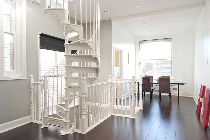 3 Bedrooms Maisonette Flat for sale in Henrietta Street, Covent Garden, London, WC2E