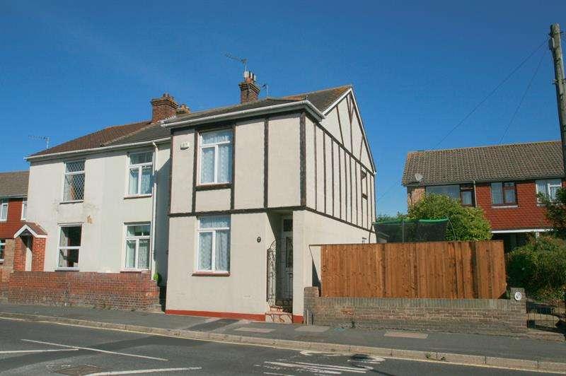 3 Bedrooms End Of Terrace House for sale in Bedhampton Road, Bedhampton
