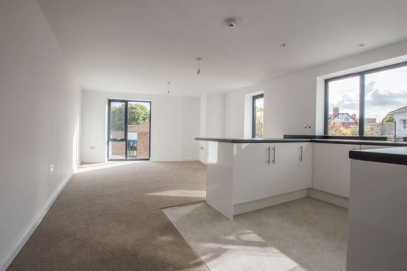 1 Bedroom Flat for sale in 117a St. Georges Road, Cheltenham, GL50 3EG