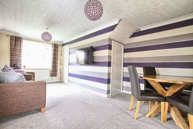 2 Bedrooms Semi Detached House for sale in Morlais Court, Ingleby Barwick