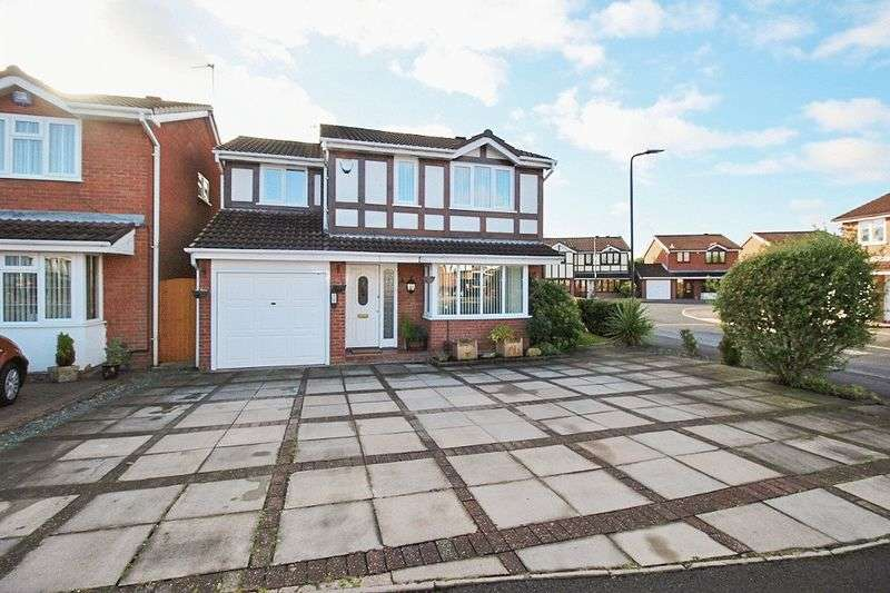 4 Bedrooms Detached House for sale in Kingfisher Grove, Coppice Farm, Willenhall