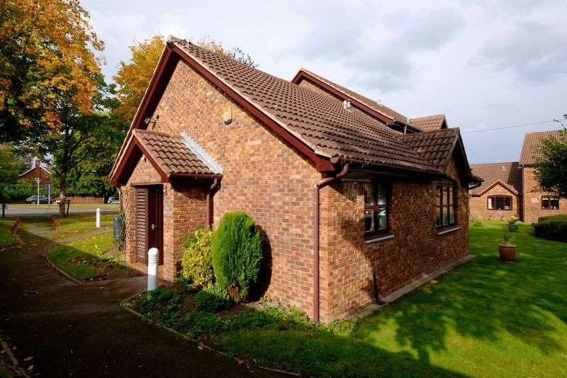 2 Bedrooms Retirement Property for sale in Brimstage Road, Heswall