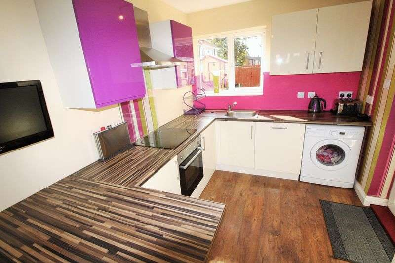 2 Bedrooms Semi Detached House for sale in Salters Lane South, Darlington