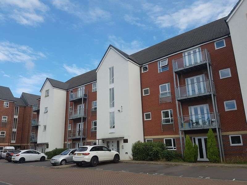 2 Bedrooms Flat for sale in Philmont Court, Bannerbrook Park, Coventry, CV4 9BF