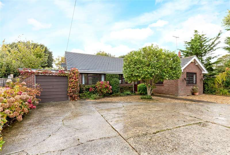 3 Bedrooms Detached House for sale in Barrack Lane, Aldwick, West Sussex, PO21