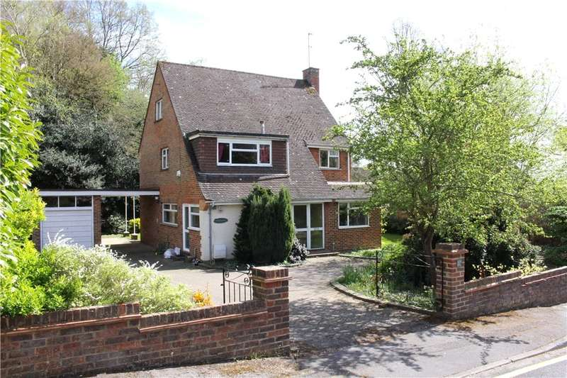 4 Bedrooms Detached House for sale in Bylands, Woking, Surrey, GU22