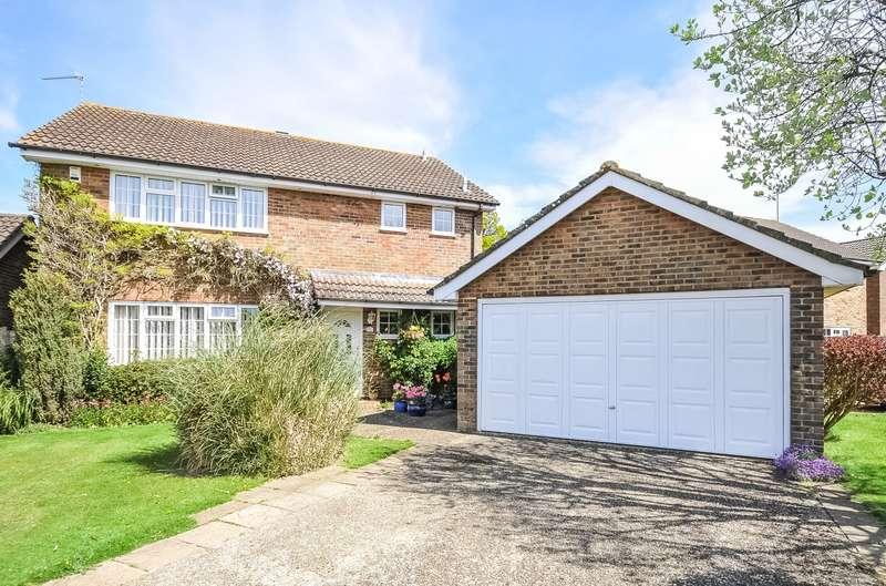 4 Bedrooms Detached House for sale in Faithfull Crescent, Storrington, RH20