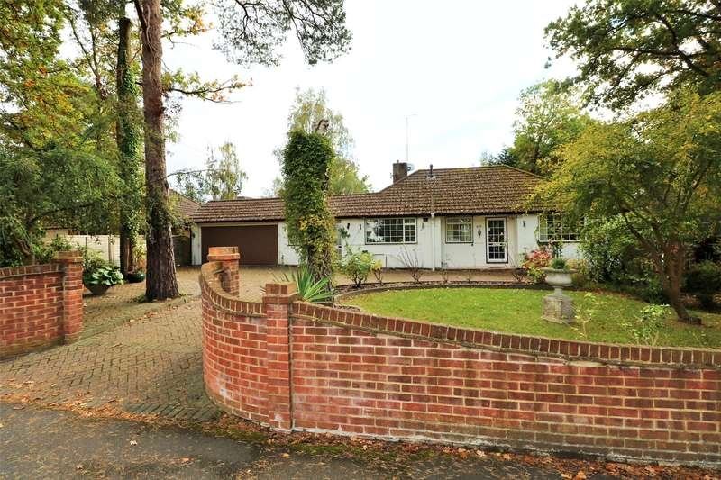4 Bedrooms Detached Bungalow for sale in Ellis Road, Crowthorne, Berkshire, RG45
