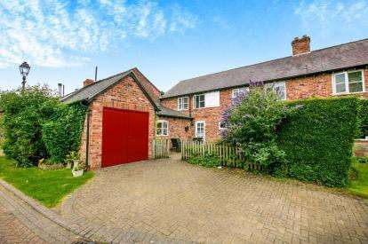 4 Bedrooms Barn Conversion Character Property for sale in West Hall Court, High Legh, Knutsford, Cheshire