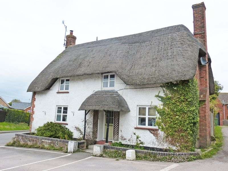 3 Bedrooms Cottage House for sale in High Street, Netheravon
