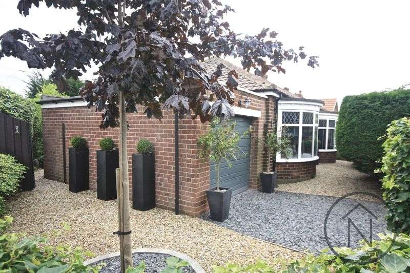 3 Bedrooms Detached Bungalow for sale in St. Columba's Avenue, Billingham
