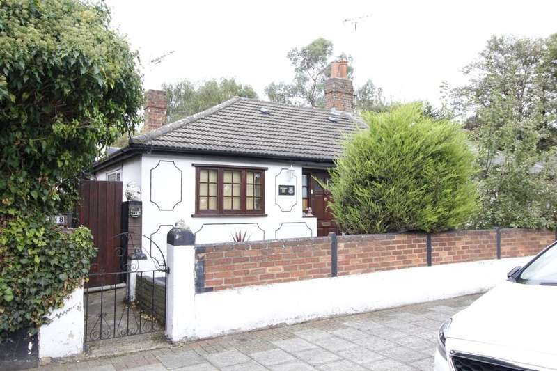 2 Bedrooms Semi Detached Bungalow for sale in Emma Road, London, E13