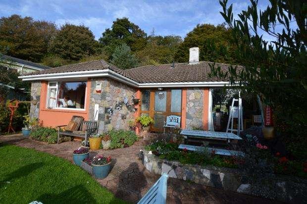 2 Bedrooms Detached Bungalow for sale in Seymour Drive, Torquay, Devon