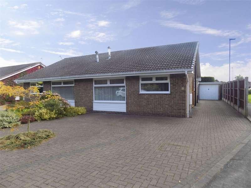 2 Bedrooms Semi Detached Bungalow for sale in Santon Drive, Lowton, Warrington, Lancashire