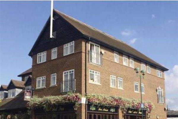 Studio Flat for sale in The Court Yard, Hoskins Walk, OXTED