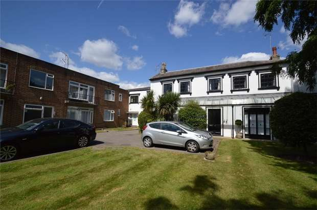 1 Bedroom Flat for sale in Yelverton Lodge, St Margarets, Twickenham