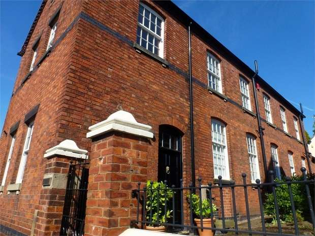 4 Bedrooms Detached House for sale in Monk Street, Tutbury, Burton-on-Trent, Staffordshire