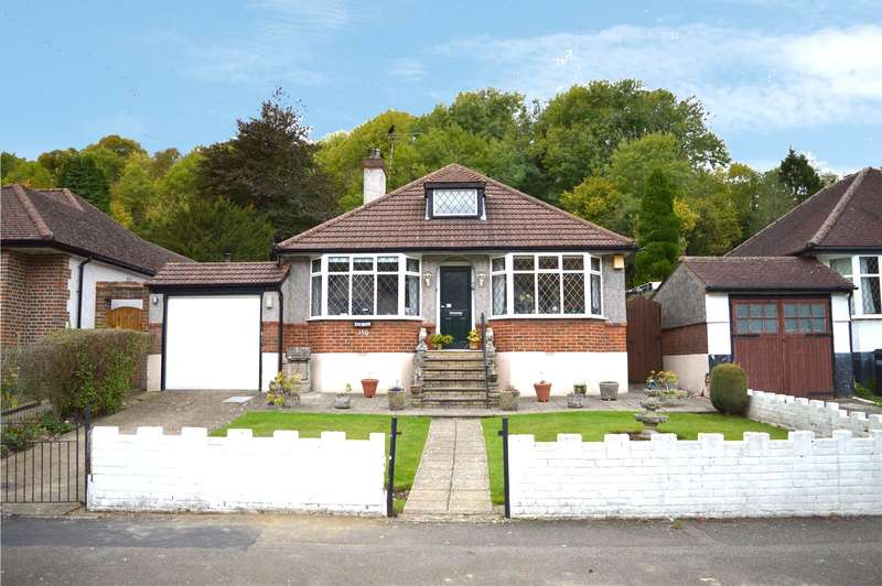 3 Bedrooms Detached Bungalow for sale in Chaldon Way, Coulsdon