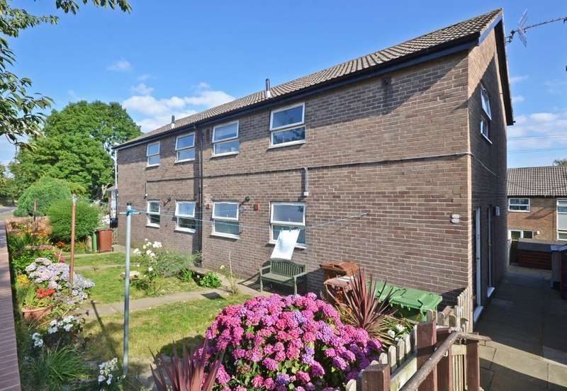 1 Bedroom Flat for sale in Standbridge Lane, Wakefield