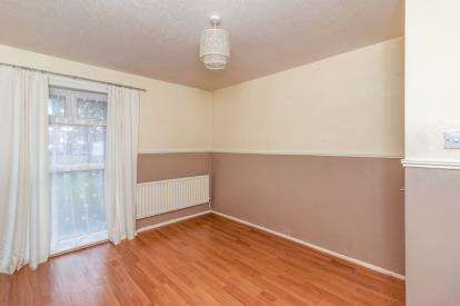 1 Bedroom Flat for sale in Franklin Court, Washington, Tyne and Wear, United Kingdom, NE37