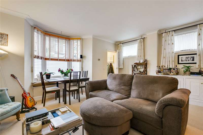 2 Bedrooms Ground Flat for sale in Harwood Road, Fulham, SW6