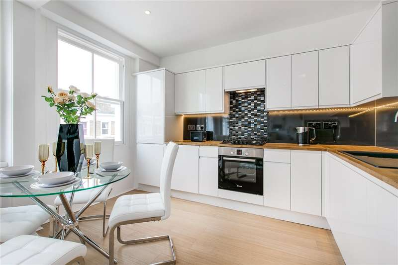 3 Bedrooms Flat for sale in Collingham Place, London, SW5