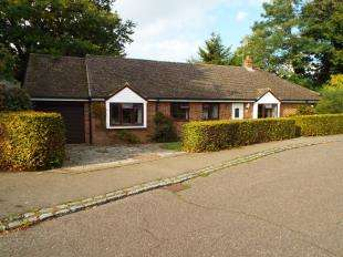 3 Bedrooms Bungalow for sale in Porchester Close, Loose, Maidstone, Kent